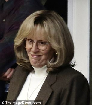 Wow! Wow! Last month, she wore a brown power suit with a white turtleneck to portray the infamous White House employee who recorded conversations with Monica Lewinsky after she confided in Tripp about an affair with president Bill Clinton