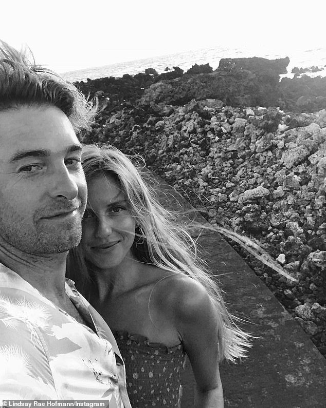 Congratulations!  Felicity alum Scott Speedman's girlfriend - Lindsay Rae Hofmann, co-founder of July Swimwear - announced on Mother's Day that they were expecting their first child (pictured on February 14)