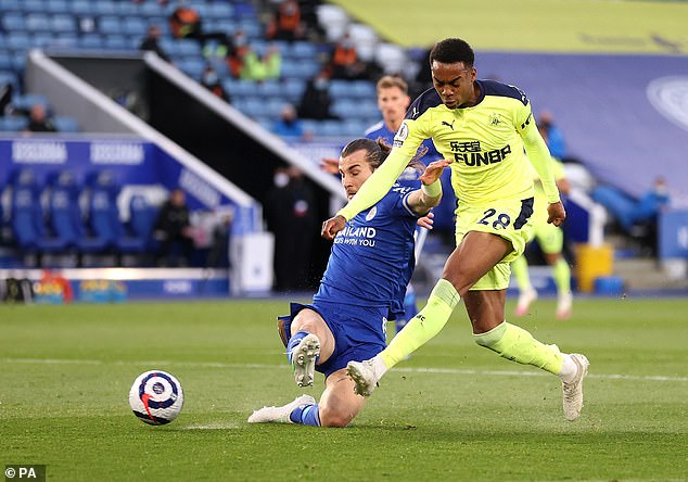 In-form Newcastle midfielder Joe Willock scored for the fourth game in a row in Leicester win