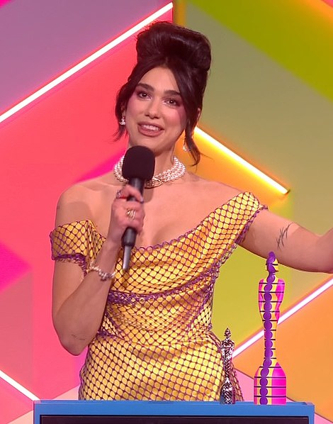 Amazing: Dua demanded that the audience give Prime Minister Boris Johnson 'a message' that frontline staff deserved a pay rise