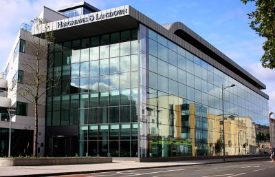 Business booms at Hargreaves Lansdown amid Online trading frenzy