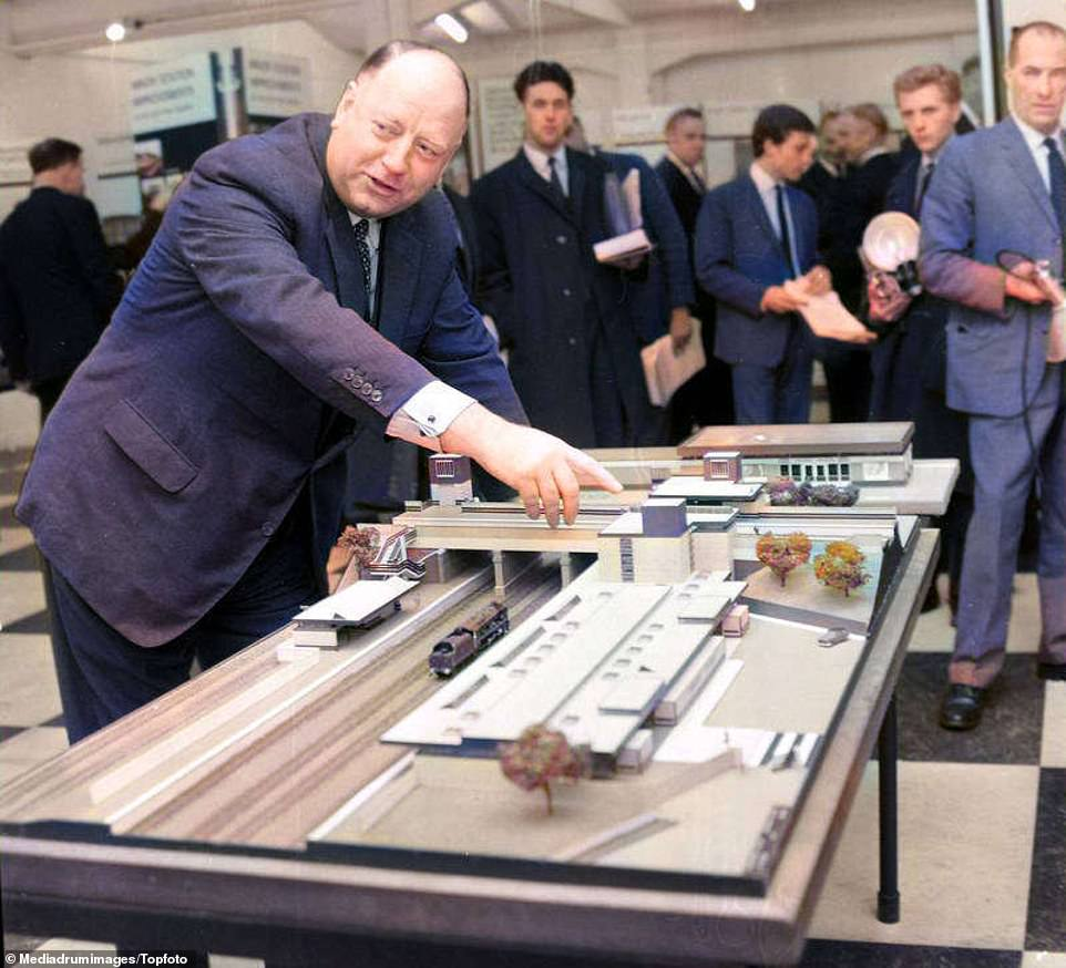 Beeching examining a railway model at an exhibition in London on November 19, 1963