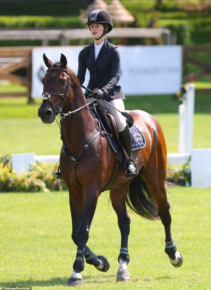 Equestrian:Bill and Melinda Gates' 25-year-old daughter Jennifer competed in a horse show in New York on Thursday amid headlines of her parents' surprise divorce