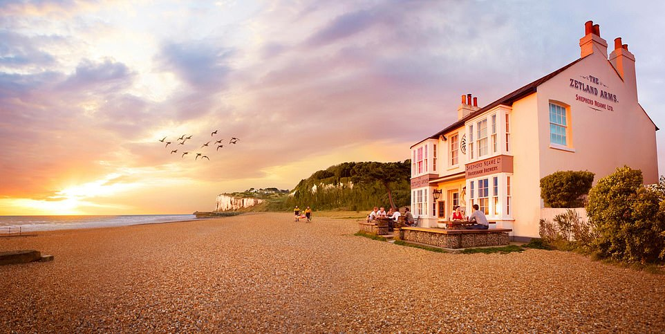 The Zetland Arms in Kingsdown is the perfect spot for a pint and a paddle, writes The Mail on Sunday's Kate Wickers