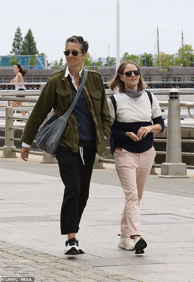 Rare couple sighting: Two-time Oscar winner Jodie Foster (R) and her wife Alexandra Hedison (L) took a romantic stroll through Manhattan's 550-acre Hudson River Park on Monday
