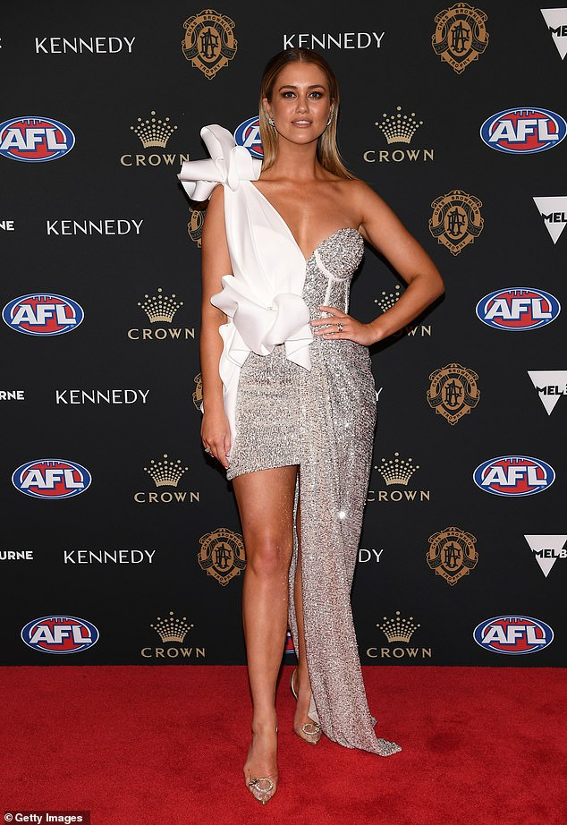 Show stopper: The model wowed on the red carpet at the 2019 Brownlow Medal ceremony