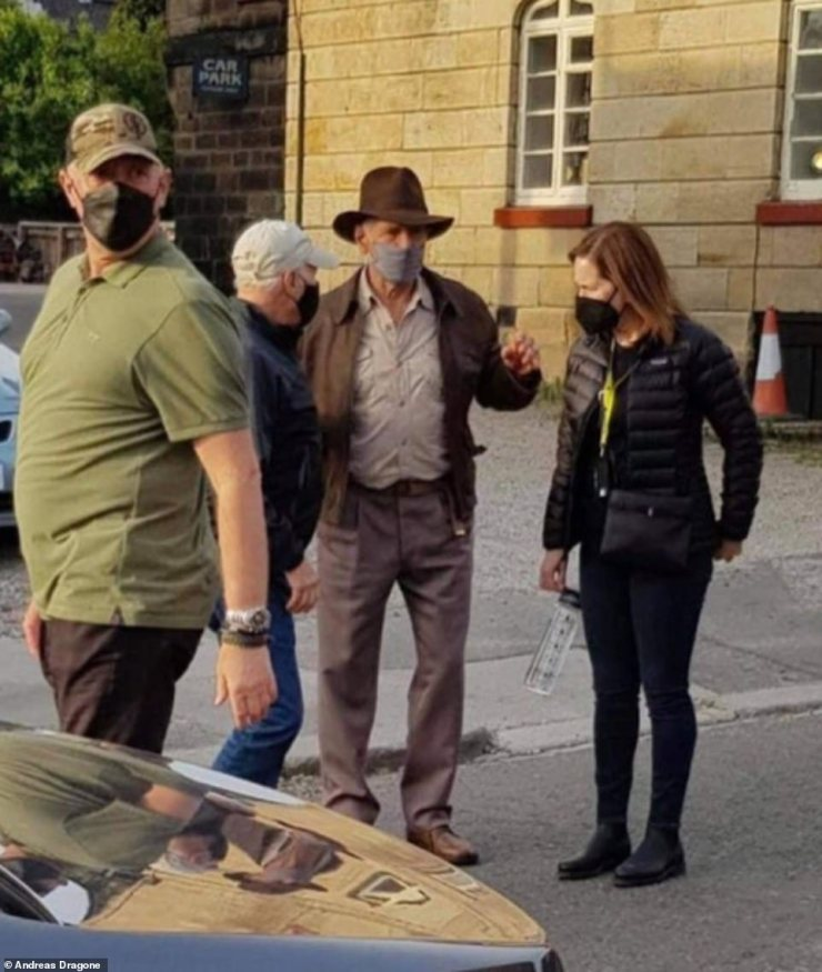 Indy's back!Harrison Ford donned Indiana Jones' iconic fedora as he transformed into the tenacious archaeologist to shoot the fifth film in the action series on Monday