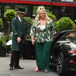 Gemma Collins commands attention with VERY glam hair and make-up as she displays 3.5st weight loss 💥👩💥