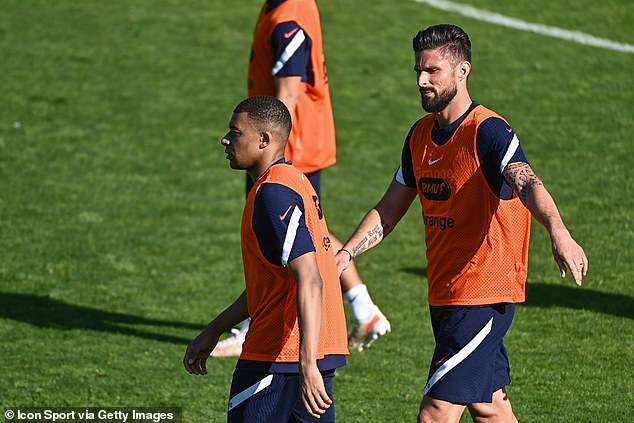 Mbappe remained hostile in Thursday's training session despite Giroud's attempts to clear things up