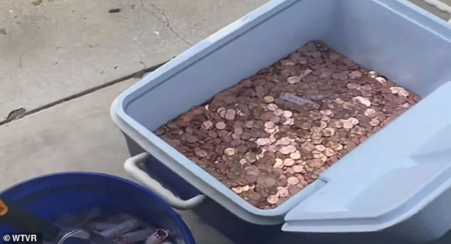 Avery Sanford's father dumped his final child support payment to his ex-wife in pennies