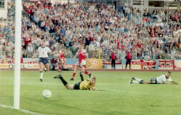 England and Denmrk shared a 0-0 draw at Euro 1992 in Sweden while John Jensen hit the post