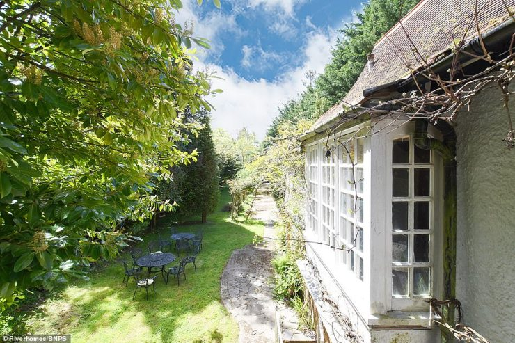 Ms Stickney added:'The boathouse has got about a third of an acre of land as well. To be a stand alone property with its own land, it's absolutely unique. It's not listed but it has some lovely original Victorian features. It's a sort of folly I guess and it's impossible to value because there are no others identical to this'