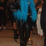Kendall Jenner rocks a blue feather boa as she hits the Las Vegas Strip after her 818 tequila event 💥💥