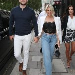 Danielle Armstrong flaunts her impressive weight loss in a black lace bustier 💥👩💥