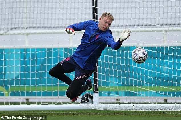 They also want Sheffield United keeper Aaron Ramsdale plus a further two signings