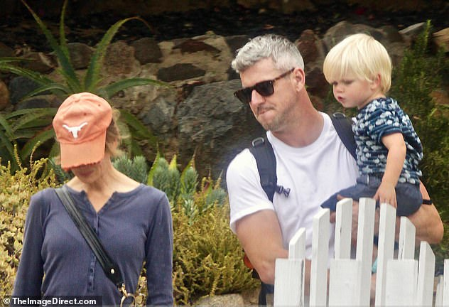 Renee Zellweger and Ant Anstead spend time with his son ...