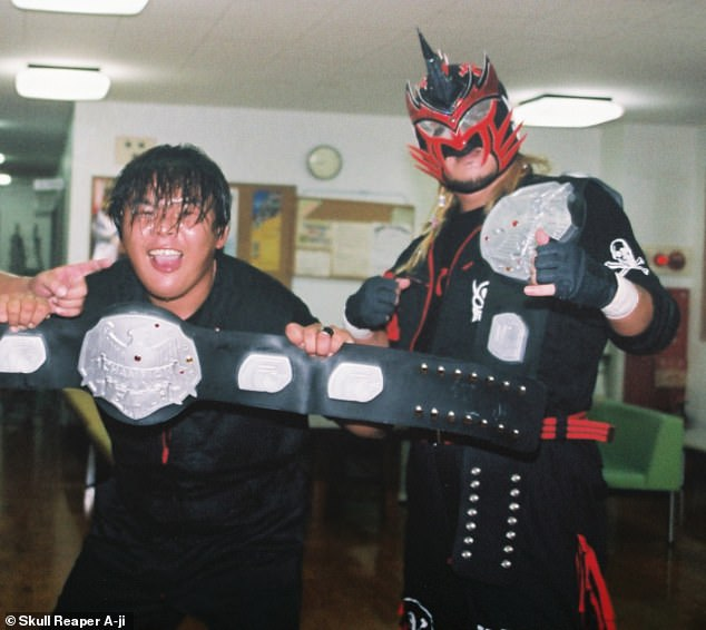 Skull Reaper has continued his professional wrestling career alongside his work in Oita City's council, having been operating as a civil servant for close to a decade