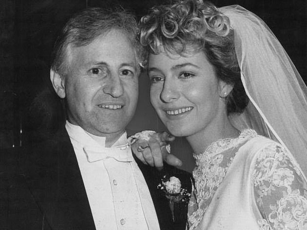 First marriage:Edelsten's ex-wife Leanne Nesbitt (right) claimed in 2012 that Matthew's father is Isabel Beard, his former receptionist.The doctor married Leanne, a 19-year-old mode who was his first wife, in 1985, at the age of 41