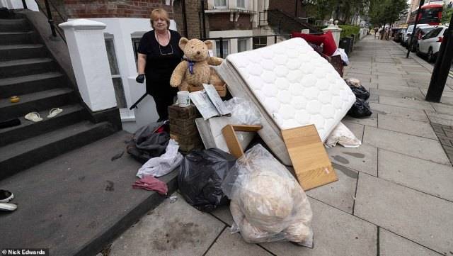 Jacqui said her daughter had lost everything in the flooding and tens of thousands of pounds and was not insured
