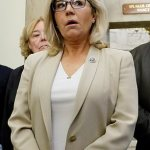 Liz Cheney raises $1.88M in three months and beats Elise Stefanik after she voted to impeach Trump 💥👩💥
