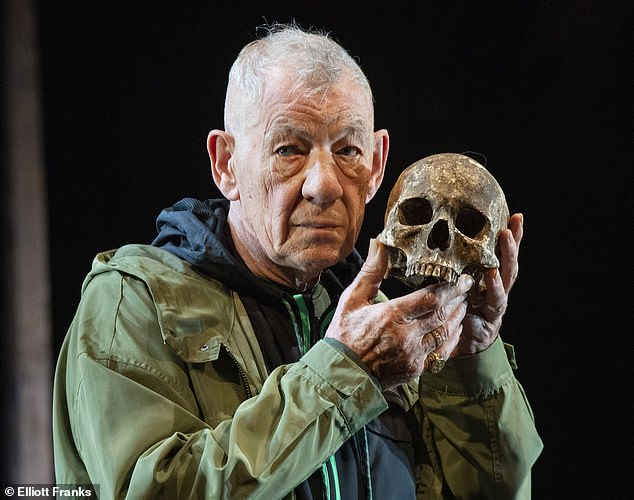 Sir Ian McKellen's production of Hamlet at the Theatre Royal Windsor has suddenly lost two of its stars after a major falling out between the pair