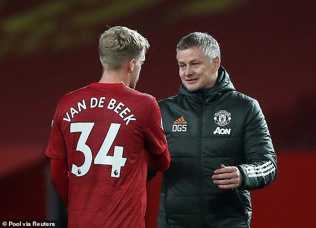 The midfielder is determined to stay and fight for his place in Ole Gunnar Solskajer's side