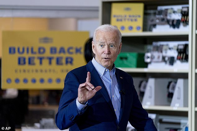 Biden's visit recalls how the president believes he can avoid the country's dividing lines by connecting directly with voters in Republican states like Ohio