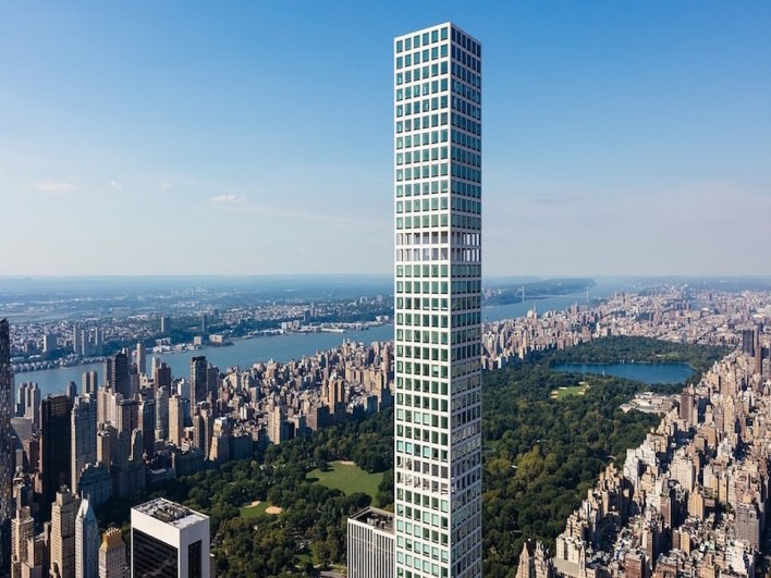 The building, designed by Rafael Vinoly and developed by Macklowe Properties and the CIM Group, was constructed in 2015 after criticisms that it did not fit in with the iconic New York City skyline.