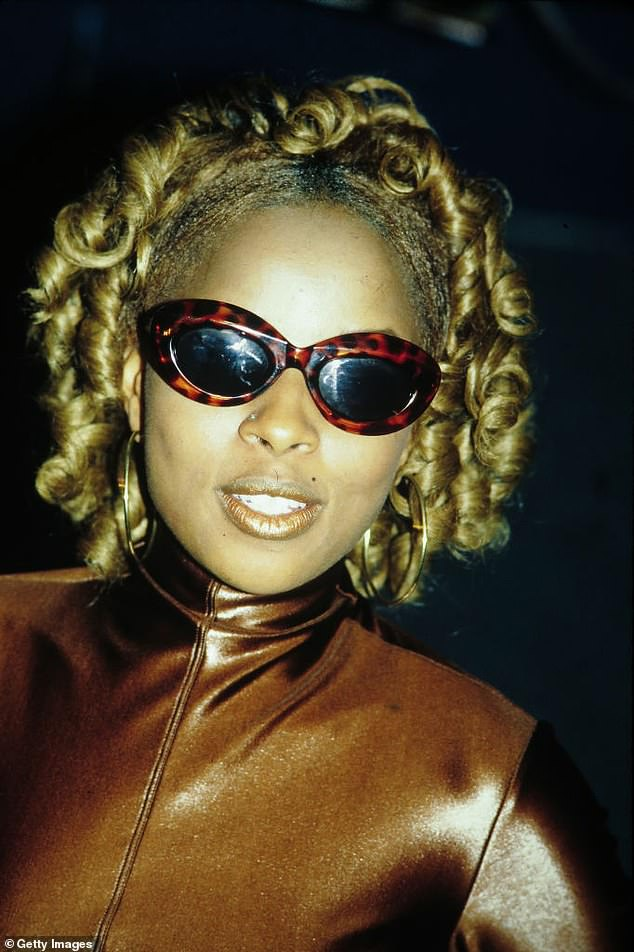 Mary J Blige is a true 90s icon, from music to fashion she was always in a class of her own