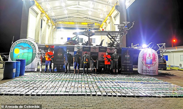 On Tuesday, the Colombian military detained three Nicaraguan nationals traveling on a speed boat with 1.2 tons of cocaine. The drugs were reportedly being delivered to Central American before it was seized133 miles off San Andrés, an island located off Colombia's Caribbean coast