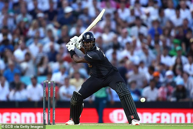 Carlos Brathwaite hit two fours and a six in his 37, but couldn't see the originals across the line