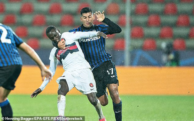 The centre back's impressive form in Serie A saw him crowned 'Defender of the Season'