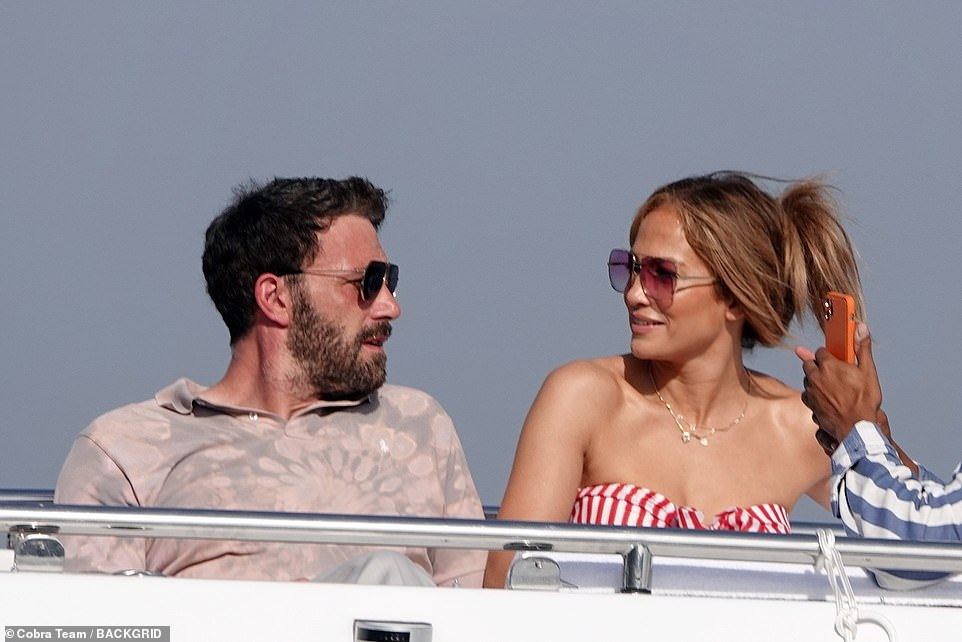 Bennifer's love tour continues: Jennifer Lopez and Ben Affleck look at each other while vacationing in Nerano, Italy, on their $ 130 million mega-yacht on Wednesday