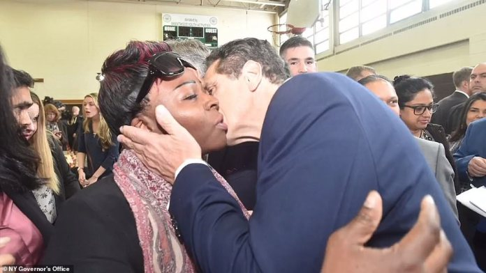 ¿I do kiss people on the cheek,¿ Cuomo said. The clip then cuts to more photos of Cuomo kissing well-known figures on the cheek