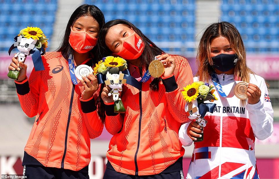 Sky Brown (R) finished with a bronze medal, behind Japanese duoSakura Yosozumi (C) and Kokona Hiraki (L) on Wednesday
