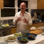 Top chef Neil Perry shares his at-home Chinese cooking class💥👩💥💥👩💥