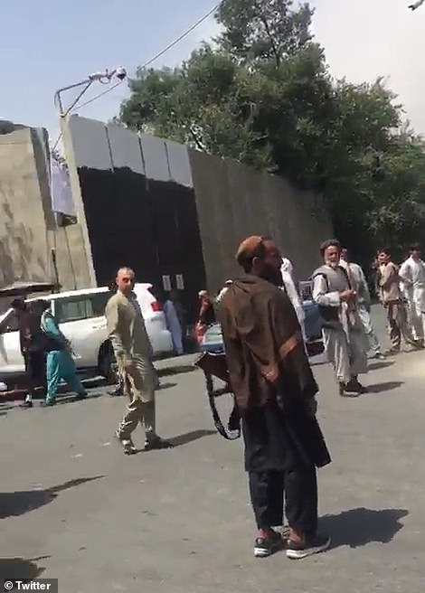 A group of armed Taliban fighters went to the women's protest in Khair khana district, a suburb of north-west Kabul,