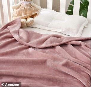 Exclusivo Mezcla Flannel Fleece Soft Throw Blanket Pink