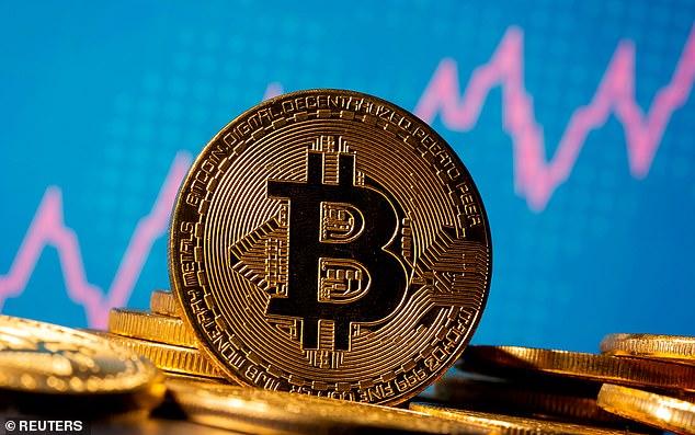 Uk, PayPal: via al servizio per comprare criptovalute. E intanto bitcoin…