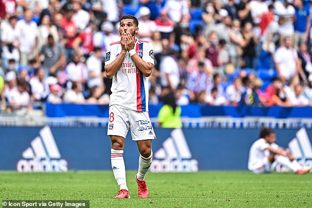 Tottenham have held talks with Lyon midfielder Houssem Aouar's agents, according to reports