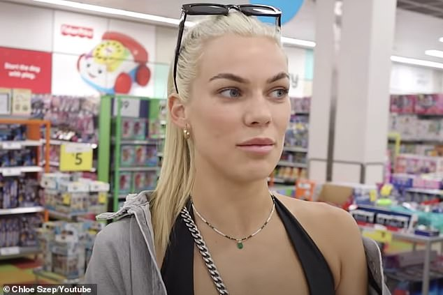 Slammed:Gold Coast influencer Chloe Szepanowski (pictured) has been slammed by her own fans for not wearing a mask while out shopping