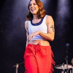 Mel C, 47, puts on energetic display at Victorious Festival in cropped top and fringed trousers 💥👩💥