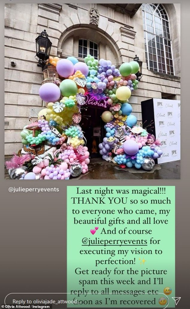Wow! Attendees entered the five-star hotel through an overwhelming doorway constructed with balloons in varying size