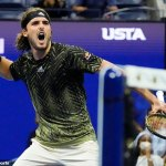 US Open: Andy Murray aims jibe at Stefanos Tsitsipas who is booed after another lengthy toilet break 💥👩💥