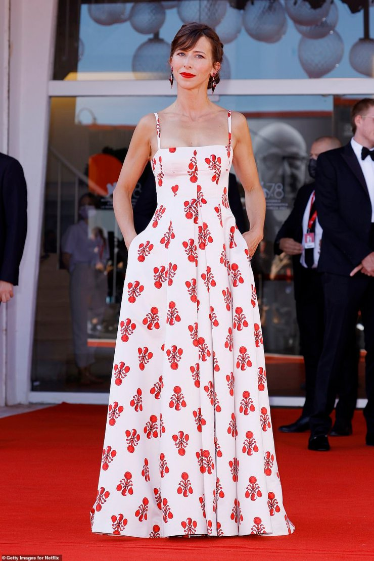 Chic:Sophie Hunter, 43, was also in attendance and wowed in a red-and-white frock and was joined by her husband and Kirsten's co-star, Benedict Cumberbatch