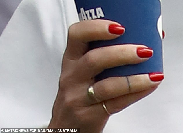 Ring ring! The ring could be her wedding ring, however it's unknown if it is