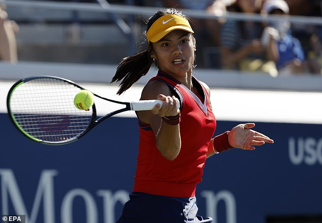 The British teenager demolishedSara Torribes Tormo to move into the second week