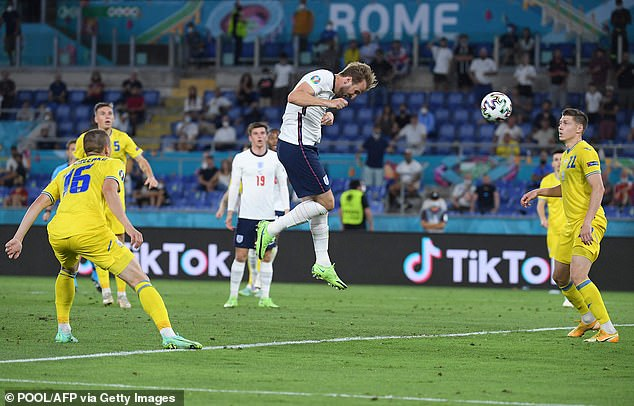 Kane may have an inch over Lewandowski, but heading is about much more than just height