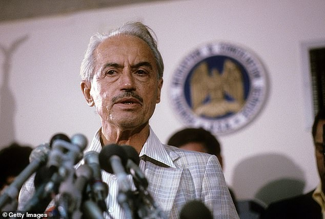 Executive Director Marvin Miller of the Major League Baseball Players Association (MLBPA) circa mid 1970's hold a press conference