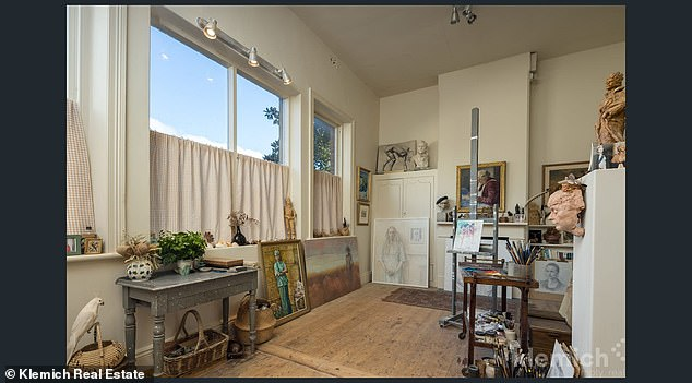 Special:It had been owned by the Dowie family since 1917 and it was where the late renowned painter and sculptor spent a lot of his time